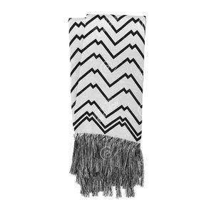 manta-rustica-geometrico-branco-e-preto