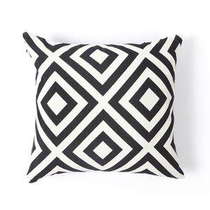 capa-almofada-geometrico-losango-preto-branco