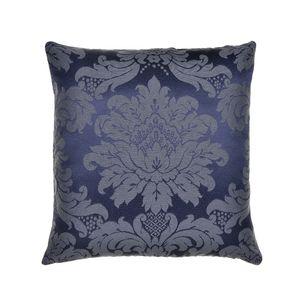almofada-tecido-jacquard-azul-marinho-e-cru-medalhao-tradicional